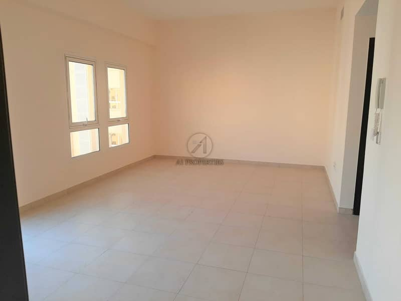 Closed Kitchen | Inner Circle| Rented | Cozy 1BR