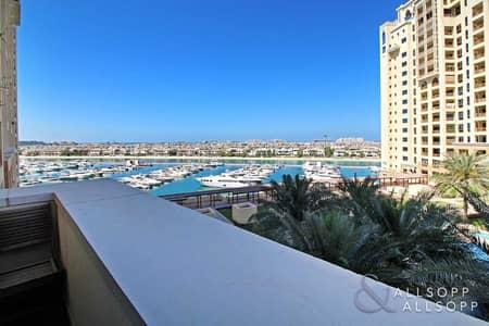 فلیٹ 2 غرفة نوم للبيع في نخلة جميرا، دبي - Sea and Palm View | Large Balcony | 2 Beds