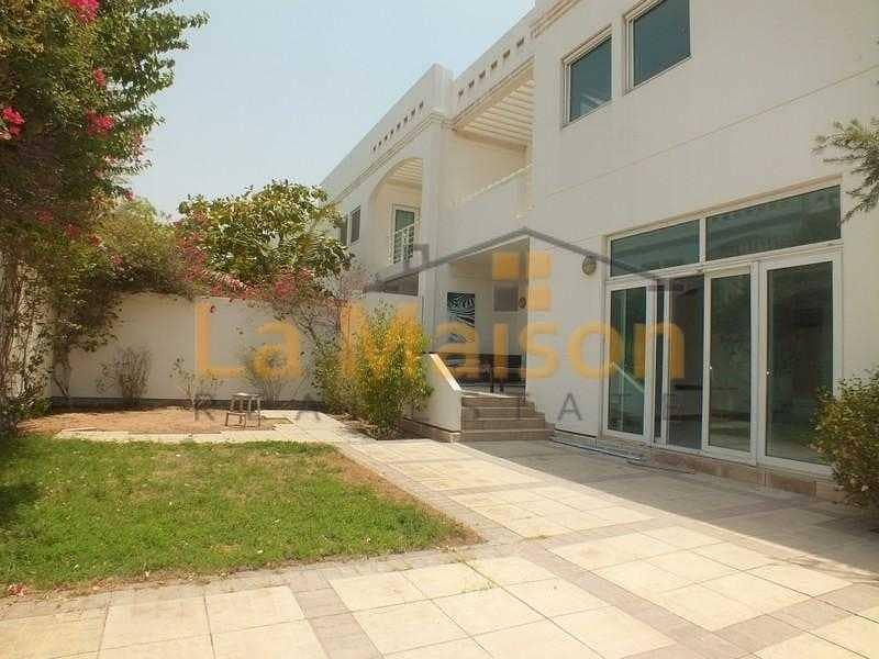 commercial villa in umm suqeim 1 rent is 450k