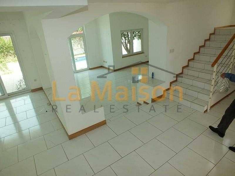 2 commercial villa in umm suqeim 1 rent is 450k