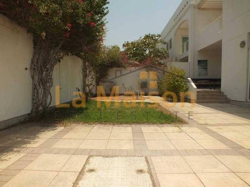 11 commercial villa in umm suqeim 1 rent is 450k