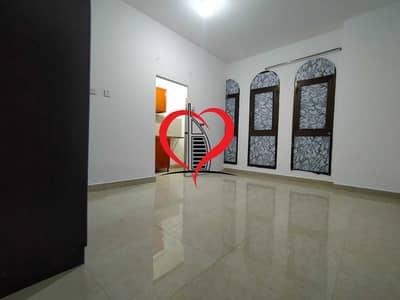 استوديو  للايجار في الوحدة، أبوظبي - Studio Apartment In Villa Behind Al Wahda Mall 2300/- Monthly