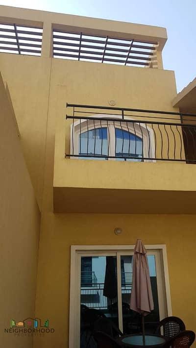 تاون هاوس 5 غرف نوم للبيع في قرية جميرا الدائرية، دبي - UPGRADED VACANT TOWNHOUSE
