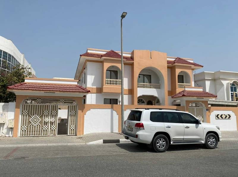 Large two storey villa for rent   Sharjah / Al Falaj is a very special loca