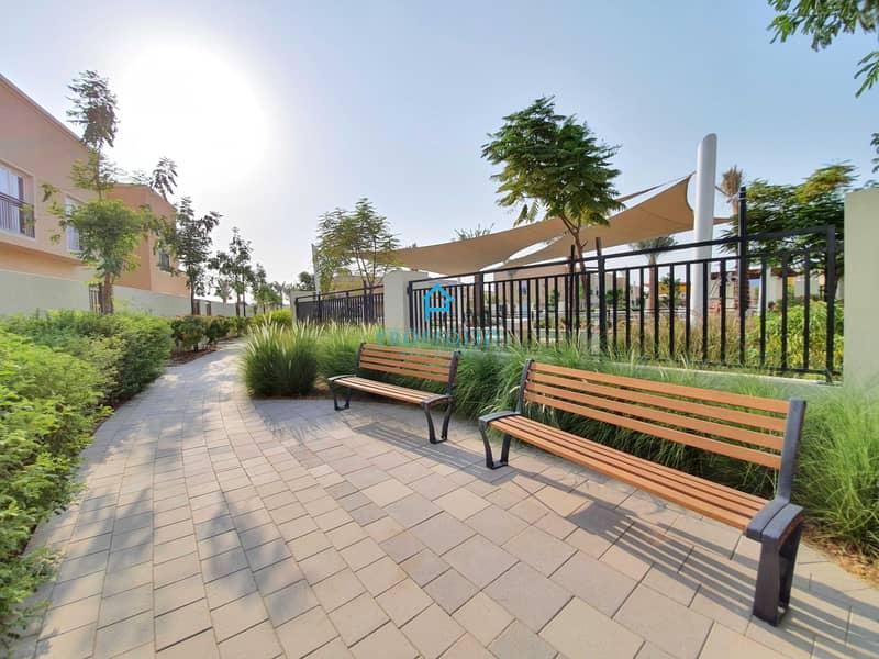2 POOL VIEWI Single Row I Private Garden I Brand New