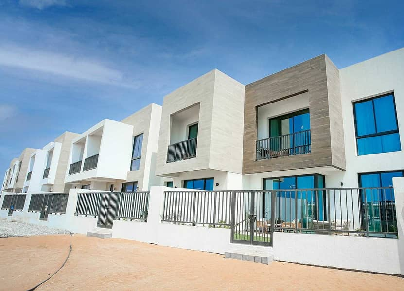 Luxury 2br + Maid Room Townhouse | Waterfront Community  | Next to Two Luxury 5 Stars Resorts