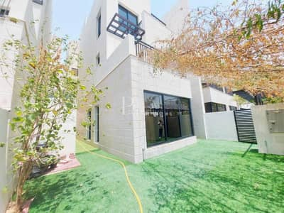 4 Bedroom Townhouse for Sale in Jumeirah Village Circle (JVC), Dubai - Amazing Deal   Vacant   G+2+ROOF   Elevator