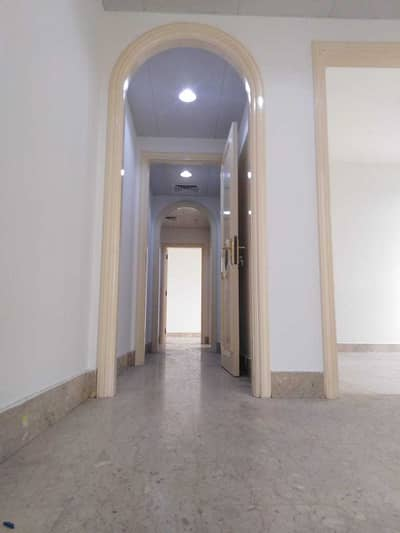 3 Bedroom Flat for Rent in Liwa Street, Abu Dhabi - Best Deal | Good for Sharing | Spacious 3 Bedroom with  Maid's Room