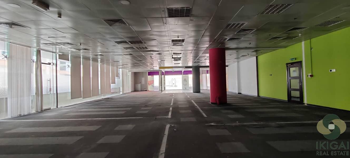 2 Good location I Chiller Inclusive I Grade A building