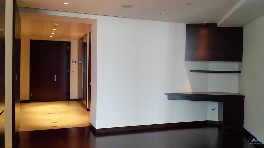 2 UNBEATABLE BURJ KHALIFA | 2BR WITH FOUNTAIN VIEW | UNFURNISHED |