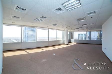 مکتب  للايجار في أبراج بحيرات الجميرا، دبي - Full Fitted | 2 Parking Spaces | Cluster I