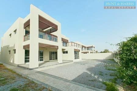 فیلا 4 غرف نوم للبيع في میناء العرب، رأس الخيمة - Beachfront living at an attractive price
