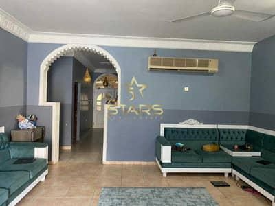 فیلا 8 غرف نوم للبيع في الرماقية، الشارقة - Huge   Good Condition   8BR Villa   Prime Location
