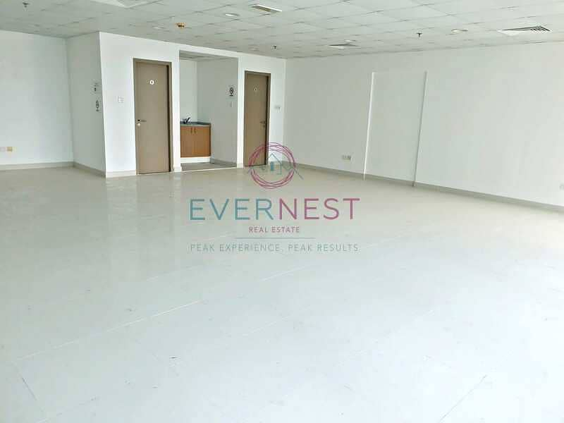 2 Sizeable Office   Freehold   Easy Access   Vacant