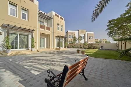 5 Bedroom Villa for Sale in Mudon, Dubai - Stunning Single Row Corner Plot Vacant on Transfer