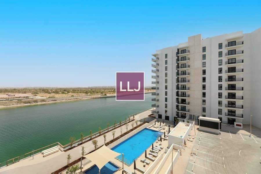 Brand New 1 Bed with Balcony / Full Canal View