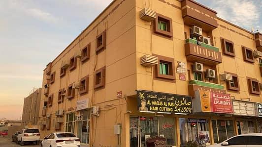 مبنى سكني 21 غرف نوم للبيع في الروضة، عجمان - building for sale 10% freehold