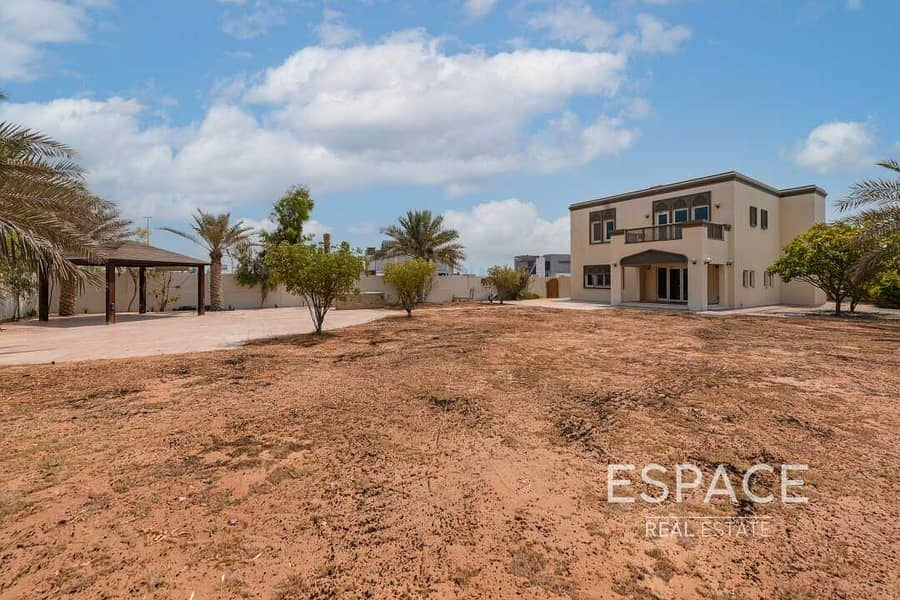 Great Location | 3 Beds | Well Maintained