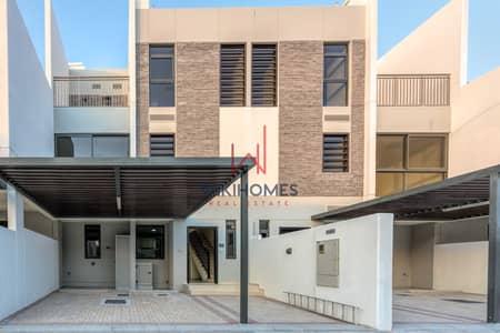تاون هاوس 5 غرف نوم للايجار في (أكويا أكسجين) داماك هيلز 2، دبي - 2 Large Terraces   Close to Community Gate   G+2F