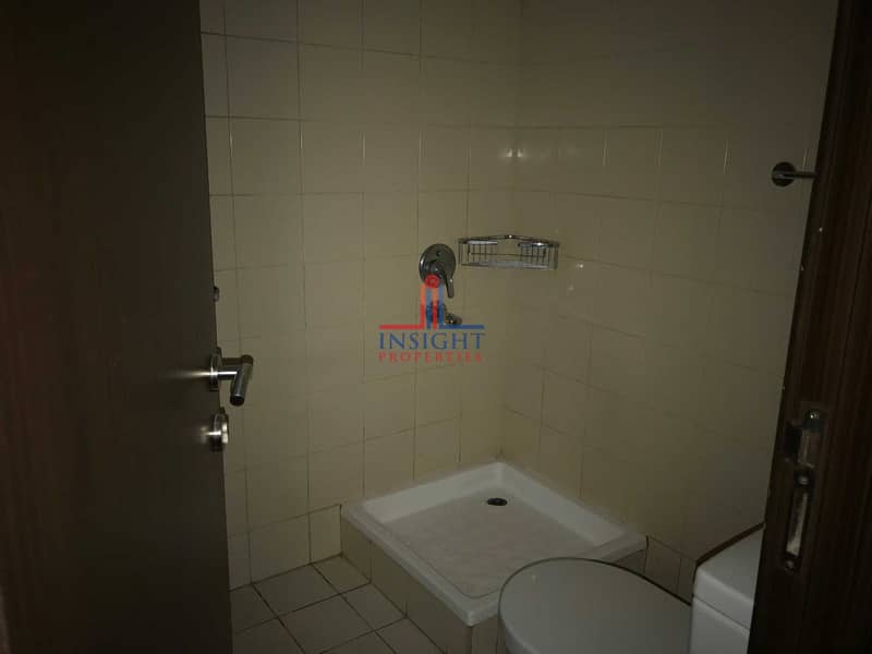 2 1 MONTH FREE  CORNER UNIT   CANAL VIEW