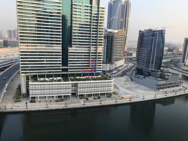 13 1 MONTH FREE  CORNER UNIT   CANAL VIEW