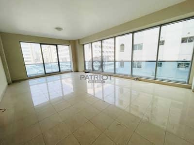 4 Bedroom Apartment for Rent in Bur Dubai, Dubai - No Commission | Huge 4BR Apt| 1 Month Free
