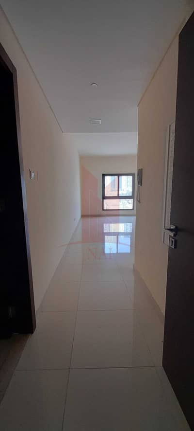 2 Bedroom Flat for Rent in Rawdhat Abu Dhabi, Abu Dhabi - Perfectly Priced - No Commission - Prime Location - 2BHK - 3 Bathrooms
