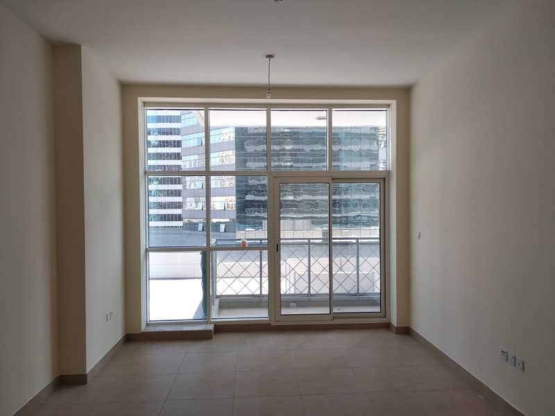 Spacious 1 Bedroom for Rent in Westburry at Business Bay