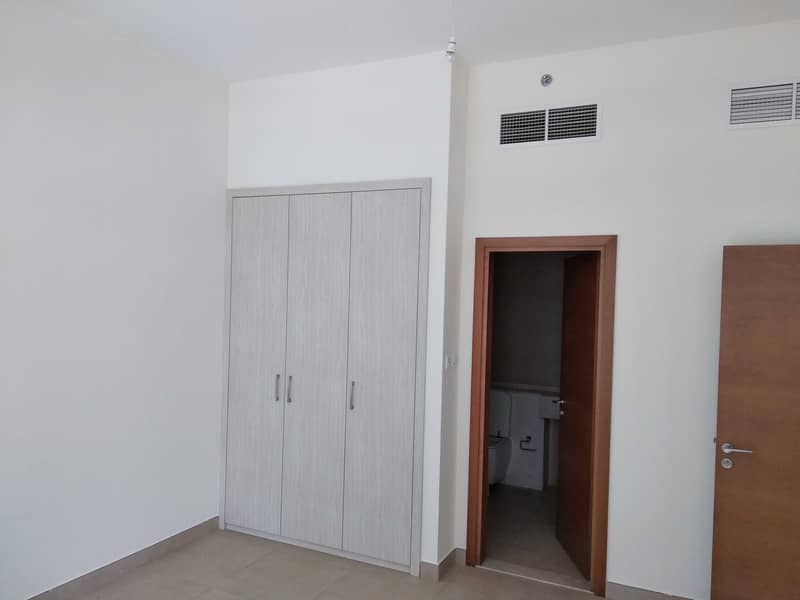 2 Spacious 1 Bedroom for Rent in Westburry at Business Bay