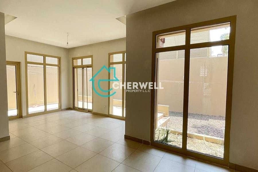 2 Fabulous 4BR Townhouse | Perfect for your Family