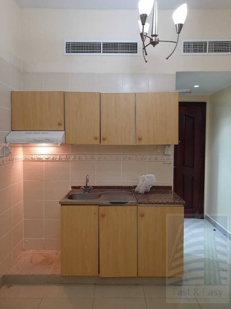 One Month Free! C/ac Studio Flat with 10  cheques payment for rent in Al Baraha opp Al Baraha Hospital,, Deira