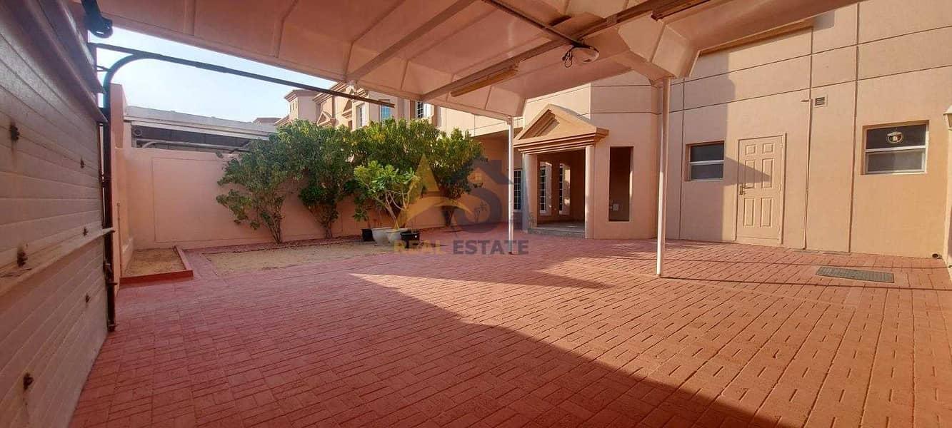 2 Renovated Lavish 5 BR+ Maid's Room Villa| Private Garden| For Rent