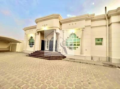 فیلا 4 غرف نوم للايجار في زاخر، العین - 4 Bedroom Ground Floor Villa in Al Zakher