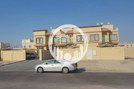 5 Bedroom Villa Compound for Sale in Shakhbout City (Khalifa City B), Abu Dhabi - Huge Compound with 3 Villas in Shakhbout