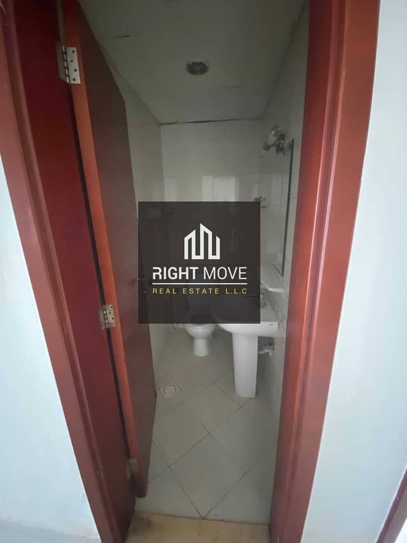 2 3 BHK for Rent with Parking