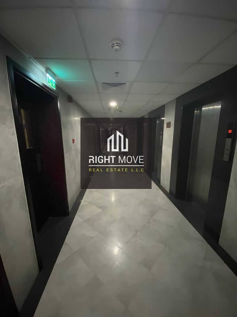 10 3 BHK for Rent with Parking