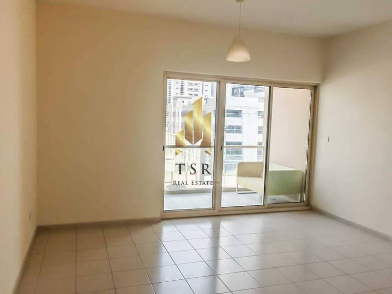 Well Maintain   Spacious 1BR   Greens