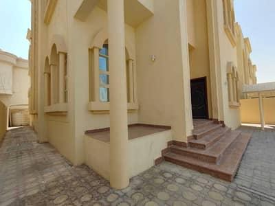 5 Bedroom Villa for Rent in Mohammed Bin Zayed City, Abu Dhabi - Prime Location 5 Master Bedrooms Wardrobe Parking Near Super Market