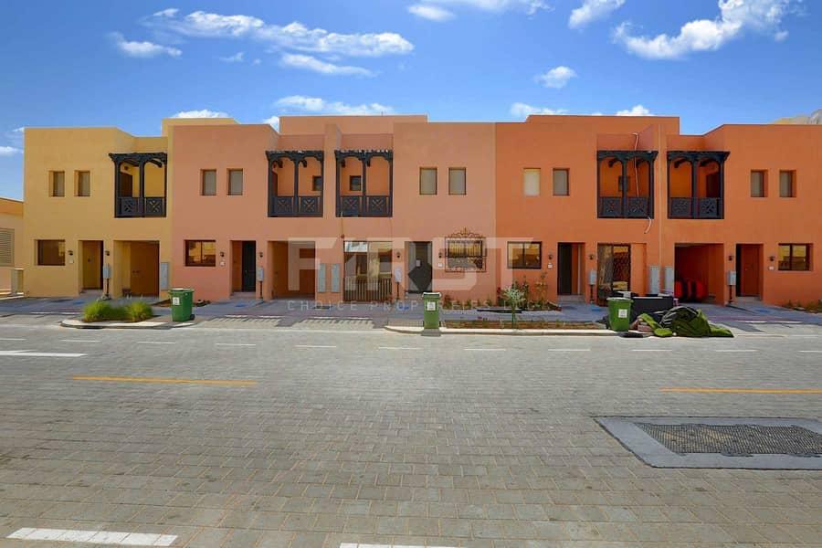 10 Good Buy|Exceptional Corner Villa |Call us