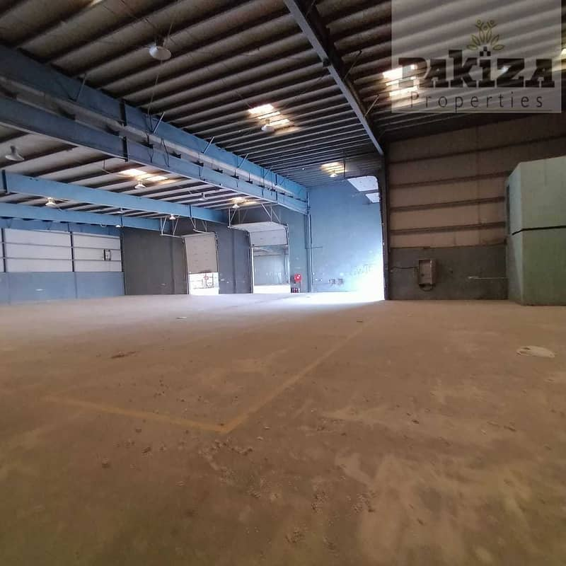 2 Low Price !! High Power!  Inclusive TAX ! Independent Warehouse Cum Office !!