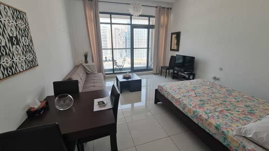 Studio for Rent in Business Bay, Dubai - Beautifully Furnished Studio Apartment With Canal View