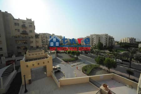 1 Bedroom Flat for Sale in Remraam, Dubai - LARGE 1 BEDROOM | COMMUNITY VIEW | BALCONY AND TERRACE