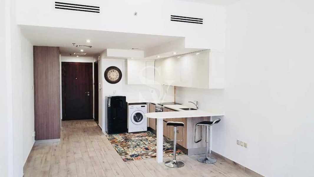 2 Super Spacious Studio   Equipped Kitchen   Call