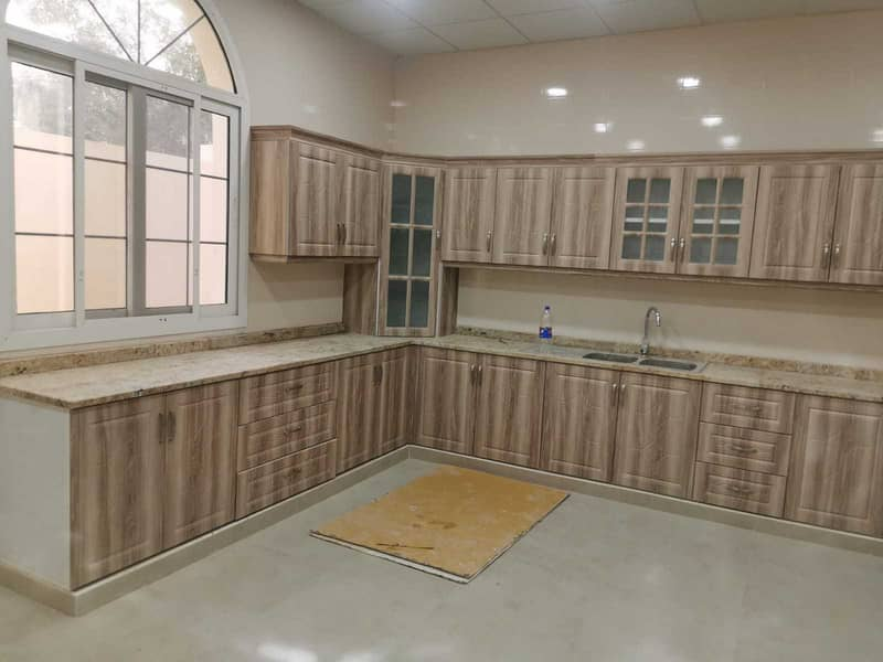 For rent a new villa in Hazana