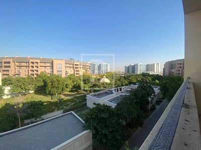3 Bedroom Apartment for Sale in Motor City, Dubai - Closed Kitchen |  Full Park View | Easy Access to Main Roads