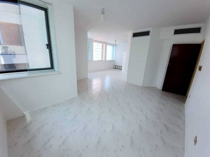 SPECIOUS 3 BHK DUPLEX APARTMENT IS AVAILABLE WITH LAUNDRY AND WITH STUDY  NEAR TO ABU DHABI MALL