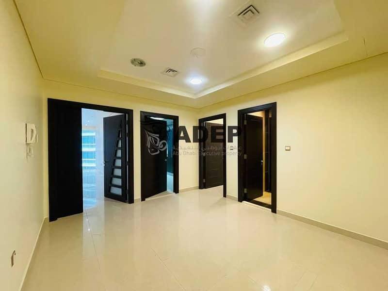 شقة في شارع الخالدية الخالدية 3 غرف 135000 درهم - 5327557