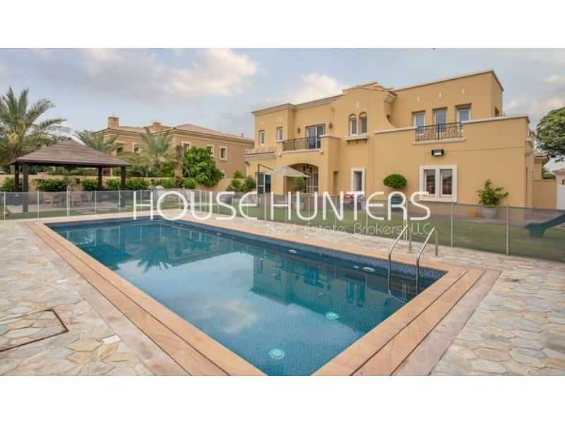 Golf Course View| 6 BR Ready to move |