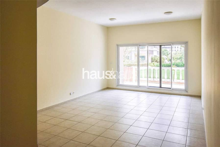 2 Park view   Close to Gym   Available Now