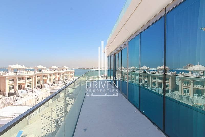 2 Full Sea View 3BR Apt with private Garden